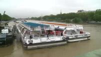 Paris : La Seine amorce tout doucement sa décrue