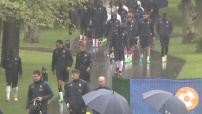 Euro 2016 : illustrations de l'entraînement de l'Equipe de France sous la pluie à Clairefontaine-en-Yvelines