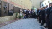Nicolas Sarkozy rend hommage aux harkis à Perpignan
