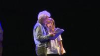 """Présentation du spectacle """"Gospel sur la colline"""" aux Folies Bergères à Paris"""