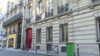 François Fillon rend visite à Nicolas Sarkozy dans ses bureaux rue Miromesnil