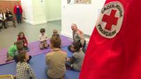 Les gestes de premiers secours expliqués aux enfants par la Croix Rouge