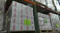 Entrepôt de cartons et caisses