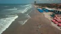 Vue aérienne par drone de la plage aux abords d'Accra, Ghana