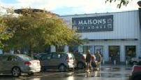 Façade du magasin Maisons du Monde en banlieue parisienne