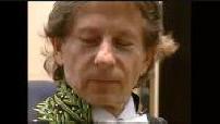 Essayage habit vert Roman Polanski pour installation à l'académie des Beaux-Arts