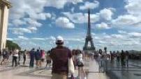 Illustrations tourisme à Paris et vacances à la mer