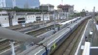Illustration attente gare d'Austerlitz et gare de Rennes