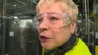Citroën : Linda Jackson visite une usine Opel à Saragosse 3/5