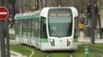 "Paris tram station T3a ""Pont du Garigliano"""