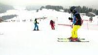Le Mag : la guerre des écoles de ski