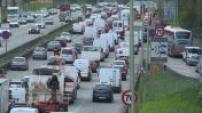 Grève SNCF : embouteillages porte de Bagnolet à Paris