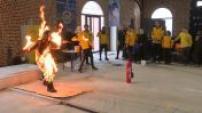 LE MAG : visit a school stunt