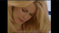 52ème Festival de Cannes : ITW Claudia Schiffer