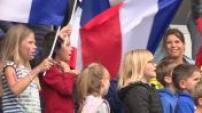 Les supporters sont venus en masse pour observer l'entrainement des Bleus au Roudourou + Conf de Deschamps d'après match France / Islande