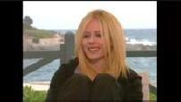 """ITW (junket) Avril Lavigne pour """"Nos voisins les hommes"""""""