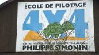 Flying school 4x4 Philippe Simonin in Saint-Léonard-des-Bois