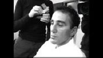 Une journée avec...Elie Semoun